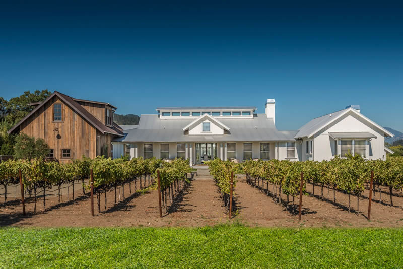 St Helena vineyard home front view