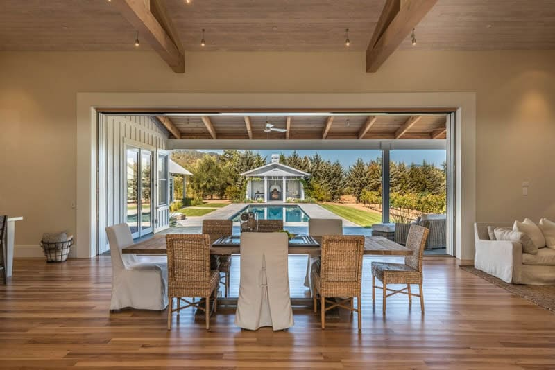 open air dining area overlooking pool